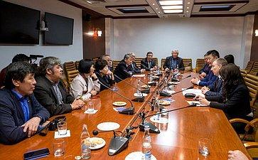 Встреча А.Варфоломеева иВ.Мархаева сделегацией Республики Бурятия