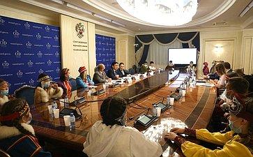 Встреча сдетьми-победителями Межнационального культурно-образовательного проекта «МЫ-Россия» врамках целевой смены «Таланты Арктики. Дети»