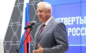 М. Мясникович