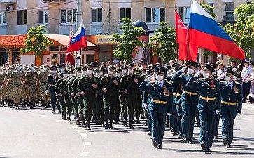 Анатолий Артамонов принял участие вторжественных мероприятиях вчесть 75-летия Великой Победы вКалуге
