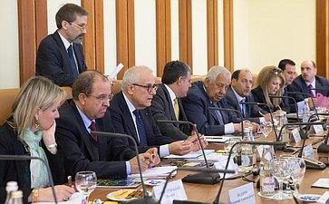 Встреча сенаторов сПредседателем Парламентской ассамблеи Средиземноморья Франческо Аморусо