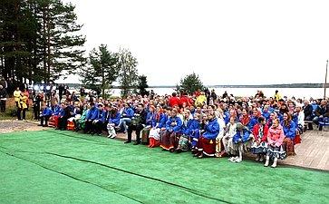 Участники финала II Всероссийского детского фестиваля народной культуры «Наследники традиций»