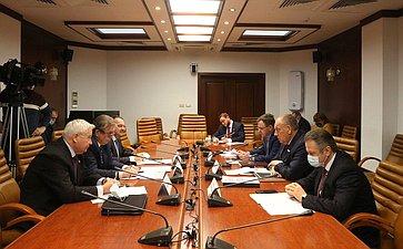 Совещание повопросу неотложных мер развития АПК исельских территорий Нечерноземной зоны РФ