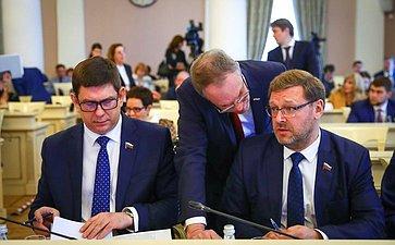 Виктор Смирнов иКонстантин Косачев