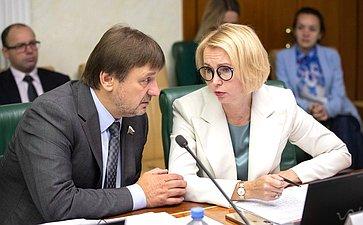 Владимир Лебедев иИрина Гехт