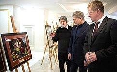 ВСовете Федерации проходит выставка «Шедевры мирового изобразительного искусства ввышивках Антонины Фединой»