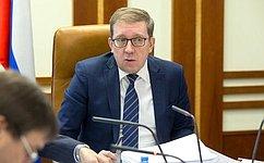 А.Майоров: Сенаторы рекомендовали палате одобрить законы всфере экологии, охраны окружающей среды, ветеринарного надзора, виноградарства ивиноделия