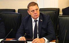 Н. Семисотов обсудил наприеме граждан вопросы сферы ЖКХ иработы управляющих компаний вВолгоградской области