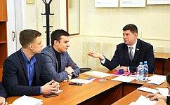 В.Смирнов: Изменения вКонституцию отвечают современному уровню развития нашей страны, ее экономики, политической системы исоциальной сферы