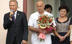 В. Пономарев поздравил учителей ишкольников Петропавловска-Камчатского сначалом нового учебного года