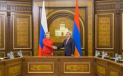 Спикер СФ В. Матвиенко встретилась сПремьер-министром Армении О. Абраамяном