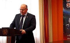 А. Дмитриенко: Диалог сжителями региона– залог эффективной работы сенатора