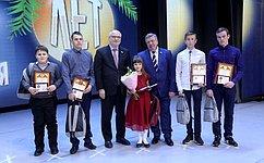 В. Семенов: Дети совершали подвиги отдуши, позову сердца, зачто изаслужили благодарность