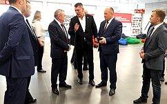 А. Кондратенко поздравил победителей конкурса эффективных управленцев