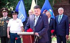 А. Жуков принял участие воткрытии вХакасии памятника дважды Герою Советского Союза К.Евстигнееву
