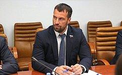 Э. Исаков: Югра стремится создать конкурентоспособный турпродукт для людей сограниченными возможностями здоровья