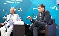 Н.Журавлев: Наша задача– снизить уровень закредитованности граждан, обеспечить прозрачность условий кредитования