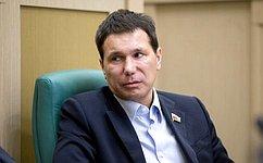 Сенаторы приняли участие вработе Комиссии Правительства РФ повопросам развития рыбохозяйственного комплекса