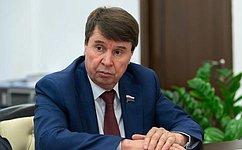 С. Цеков: Медицинские организации Республики Крым успешно решают вопросы, связанные сборьбой против коронавируса