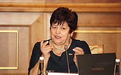 Л.Козлова: Необходимо повысить эффективность медицинской помощи больным сердечно-сосудистыми заболеваниями