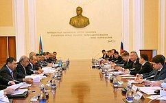 И. Умаханов принял участие взаседании Межправительственной комиссии поэкономическому сотрудничеству между Россией иАзербайджаном