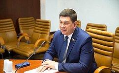 Совместные научные проекты позволят России иКитаю занять лидерские позиции всовременном мире— В.Смирнов