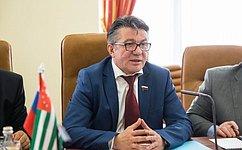 В. Озеров: Сотрудничество Парламентов России иАбхазии приносит конкретные результаты, которые полезны народам двух стран