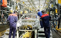 Члены Комитета СФ побюджету ифинансовым рынкам посетили автозавод вКарачаево-Черкесской Республике
