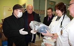 В. Назаров: Внынешней ситуации необходимо оказывать любую возможную помощь медикам