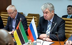 В.Бондарев встретился спослом Мозамбика вРФ М.Нгуэньей