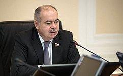 И.Умаханов провел ежегодное совещание поподготовке ксезону хаджа 2017года