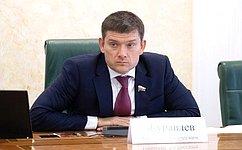 Н.Журавлев рассказал назаседании Президиума Совета законодателей огармонизации правоотношений нафинансовом рынке