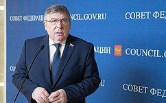 Готовится пакет законопроектов, направленный наподдержку демографической политики— В.Рязанский