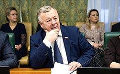 Профильный Комитет СФ ведет постоянный мониторинг актуальных вопросов системы регулирования вобласти охраны земель— В.Николаев