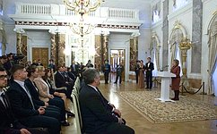 В. Матвиенко: Восстановление исторических объектов вРоссии символизирует возрождение традиций