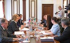 Председатель СФ В.Матвиенко провела встречу сПредседателем Комитета повнешним связям Палаты сенаторов парламента Мексики Г.Баррон