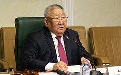 Е. Борисов провел заседание рабочей группы поподдержке развития малых форм хозяйствования всфере АПК