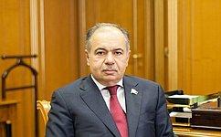 Вице-спикер Совета Федерации И. Умаханов принял участие вцеремонии инаугурации избранного Президента Абхазии Р. Хаджимбы