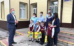 С. Горняков: Акция «Собери ребёнка вшколу» стала доброй традицией ихорошим подспорьем для семей сдетьми