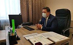 В. Полетаев входе рабочей поездки вРеспублику Алтай встретился смедицинскими работниками региона