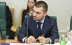 С. Мамедов: Обсуждается возможность снижения подоходного налога для беженцев сЮго-Востока Украины доставки россиян
