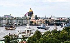 В. Матвиенко приняла участие вторжественных мероприятиях вСанкт-Петербурге вчесть Дня Военно-Морского Флота