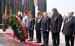 В. Озеров принял участие вторжественных мероприятиях вХабаровске послучаю Дня Победы