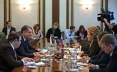Председатель СФ В.Матвиенко иПредседатель Коллегии Евразийской экономической комиссии Т.Саркисяном отметили огромный потенциал ЕАЭС