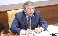 Содержание законопроекта окурортном сборе необходимо дополнительно обсуждать— В.Рязанский