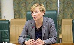 Л. Бокова: Информационная безопасность детей находится наособом контроле Совета Федерации