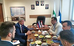 С. Муратов провёл встречу сдепутатами Народного Совета Сирии