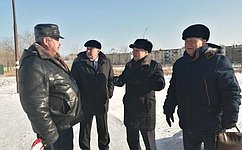 С.Михайлов обсудил развитие городской среды вОловяннинском районе сместными депутатами