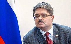 А.Широков рассказал колымским журналистам омеханизме внесения поправок кКонституции Российской Федерации