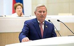 СФ поддержал продление срока осуществления отдельных видов деятельности без получения лицензии натерритории Крыма иСевастополя